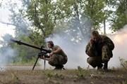 Canada cho phép doanh nghiệp xuất khẩu vũ khí cấm sang Ukraine