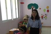 """[Video] Cô giáo 11 năm đi """"vá tâm hồn"""" của những trẻ nhiễm virus HIV"""