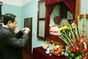 Chủ tịch Ủy ban Trung ương MTTQ Việt Nam dâng hương tưởng nhớ Bác