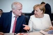 Bộ trưởng Nội vụ Đức 'bất hợp tác' với Thủ tướng Merkel