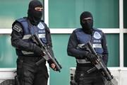 Malaysia bắt giữ nhóm người Việt Nam chuyên phá két sắt trộm tiền