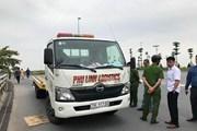 Hà Nội: Xe cứu hộ mất lái lao vỉa hè, hai người tử vong