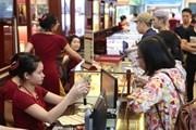 Giá vàng trong nước tiếp tục giảm nhẹ, tỷ giá tăng 5 đồng