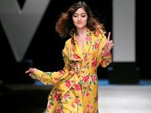 'Nổi loạn' với những sắc Hè rực rỡ của nhà thiết kế Hà Linh Thư