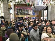 """Mỹ: """"Black Friday"""" thất thế trước hình thức mua sắm trực tuyến"""