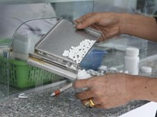"""Điều tra việc VN Pharma nhập khẩu 6 loại thuốc """"Sản xuất tại Canada"""""""