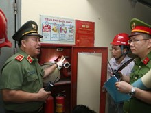 [Photo] Bộ Công an tổng kiểm tra an toàn phòng cháy, chữa cháy