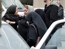 Người thân nạn nhân vụ tai nạn máy bay Iran đau đớn khi nghe tin dữ