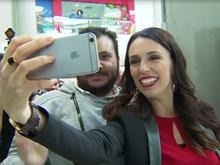 [Video] Chân dung nữ Thủ tướng 37 tuổi vừa đắc cử của New Zealand