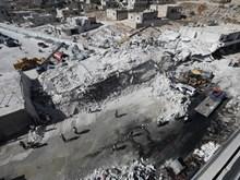 [Video] Hiện trường tan hoang sau vụ nổ kho vũ khí tại Syria