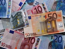 Đức kiếm được 100 tỷ euro từ khủng hoảng nợ châu Âu