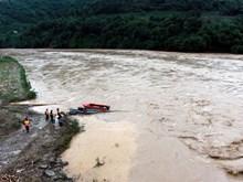 [Video] Tìm thấy hai nạn nhân bị lũ cuốn trôi tại tỉnh Yên Bái