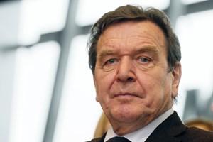 Cựu Thủ tướng Đức bị NSA theo dõi vì thân thiết với Putin