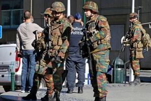 Bỉ tiếp tục tìm kiếm vũ khí sau các vụ tấn công Paris và Brussels