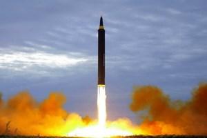 Nhật Bản lo ngại Triều Tiên tiếp tục phóng tên lửa gắn bom H