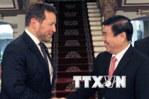 TP.HCM thúc đẩy hợp tác thương mại, văn hóa với Vương quốc Anh