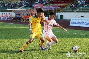 Nam Định có chiến thắng đầu tay, FLC Thanh Hóa lại gây thất vọng