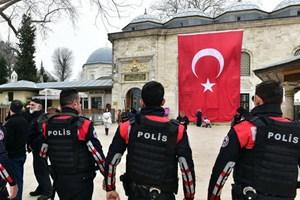Thổ Nhĩ Kỳ bắt hàng chục quân nhân liên quan mạng lưới Gulen
