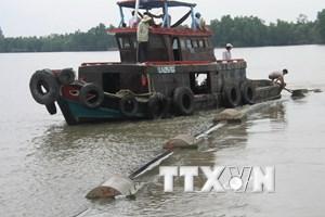 Vận hành công trình cấp nước ngọt cho người dân ven biển