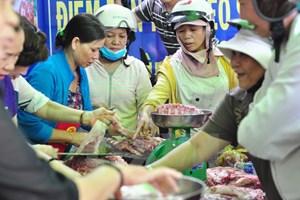 Doanh nghiệp TP. Hồ Chí Minh giảm giá thịt lợn VietGAP đến 49%