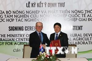 Việt Nam-Australia ký kết ý định thư về hợp tác nghiên cứu nông nghiệp