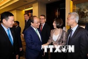 [Photo] Hoạt động của Thủ tướng và Phu nhân tại Singapore