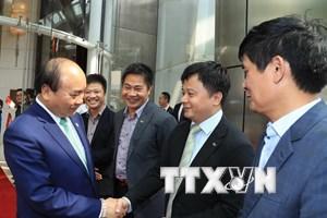 Thủ tướng kết thúc chuyến thăm Singapore và dự Hội nghị Cấp cao ASEAN