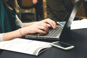 Số lượng tin bài đăng rồi gỡ trên báo điện tử đã giảm rõ rệt