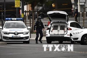 Thêm nhiều vật liệu dùng để chế tạo bom được phát hiện ở ngoại ô Paris