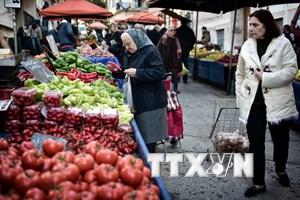 Châu Âu xóa tên Hy Lạp khỏi danh sách đỏ thâm hụt ngân sách