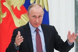 [Video] Tổng thống Putin tuyên bố sẽ tiếp tục tranh cử vào năm 2018