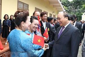 Trao huân chương, huy chương và bằng khen cho Việt kiều tại Thái