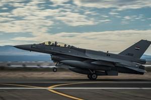 Không quân Iraq liên tiếp đánh phá cứ điểm IS trên lãnh thổ Syria