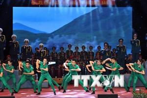 [Photo] Giao lưu nghệ thuật kỷ niệm 70 năm thành lập QĐND Việt Nam
