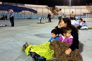 [Photo] Người dân Chile vội vã sơ tán vì động đất và sóng thần