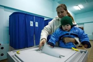 Ukraine kêu gọi bầu cử địa phương trừ khu vực miền Đông