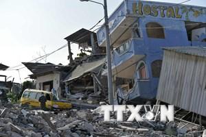 Ecuador tiếp tục có động đất và dư chấn, dân chúng hoảng loạn