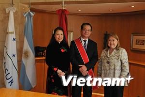 Chính phủ Argentina trao tặng huân chương cho Đại sứ Việt Nam
