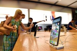 iPhone đưa Apple tiếp tục dẫn đầu thị trường điện thoại ở Mỹ