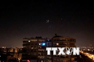 Israel tuyên bố đánh trúng hàng chục mục tiêu của Iran tại Syria
