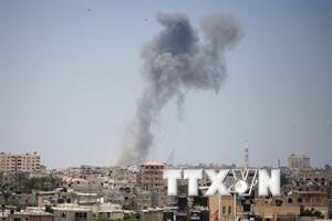 Máy bay Israel oanh tạc dữ dội Dải Gaza bất chấp lệnh ngừng bắn