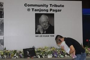 [Video] Người dân Singapore viếng cố Thủ tướng Lý Quang Diệu