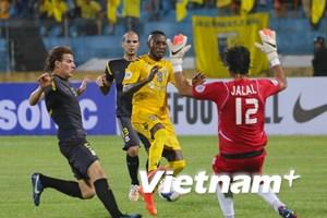 """Hai đội bóng Việt Nam """"nắm tay nhau"""" rời tứ kết AFC Cup"""