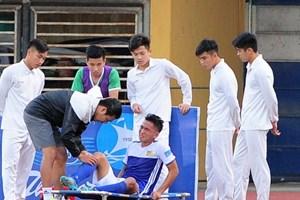 Người đưa U19 Việt Nam tới World Cup bị chấn thương ở Cúp quốc gia