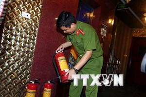 Hà Nội đình chỉ hàng loạt quán karaoke vi phạm an toàn cháy nổ