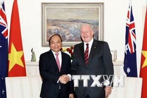Thủ tướng Nguyễn Xuân Phúc và phu nhân gặp Toàn quyền Australia