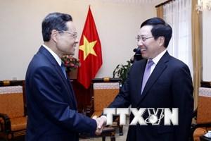Phó Thủ tướng tiếp Chủ tịch Chính quyền Khu tự trị dân tộc Choang