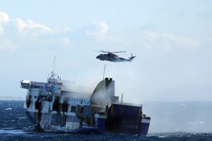 Vụ cháy phà ở Hy Lạp: Vớt được thi thể thứ 11