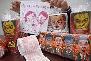 Trung Quốc thu 7.600 cuộn giấy vệ sinh in hình lãnh đạo Hong Kong