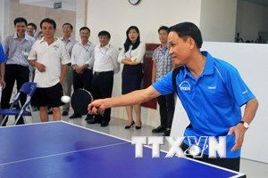 [Photo] Sôi nổi giải đấu giao hữu bóng bàn Thông tấn xã Việt Nam